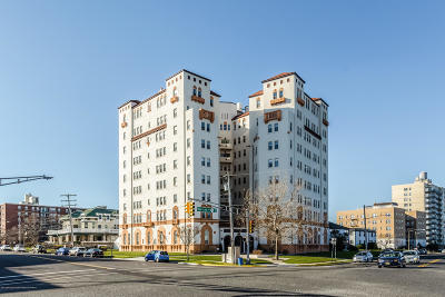 Asbury Park Condo/Townhouse Sold: 400 Deal Lake Drive #5K