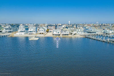 Seaside Heights Single Family Home For Sale: 433 Bayside Terrace #1