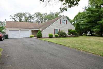 Freehold Single Family Home For Sale: 132 Oriskany Drive
