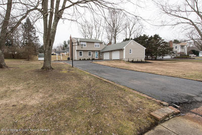 Millstone Single Family Home For Sale: 6 Running Brook Drive