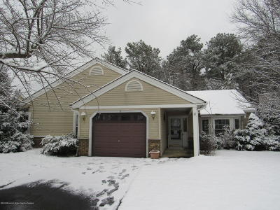 Pheasant Run Adult Community Under Contract: 2 Brookdale Court