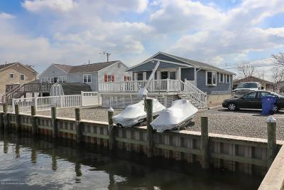 Toms River Single Family Home For Sale: 3400 Thistle Avenue