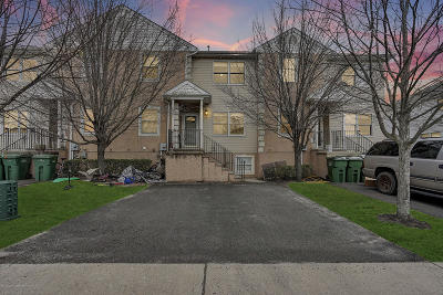 Lakewood Townhouse For Sale: 11 Ford Avenue