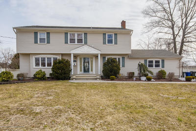 Freehold Single Family Home For Sale: 129 Lancaster Road