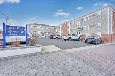 Avon-by-the-sea, Belmar Condo/Townhouse For Sale: 501 Main Street #39