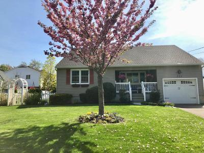 Manasquan Single Family Home For Sale: 333 Pine Avenue