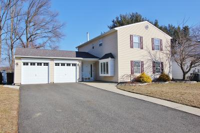 Howell Single Family Home Under Contract: 6 Silversmith Court