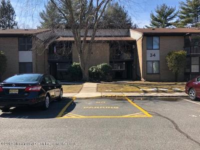 Manalapan Adult Community Under Contract: 34 D Meadow Green Circle #D