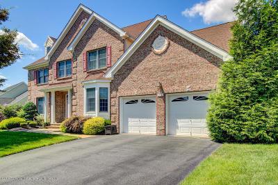 Toms River Single Family Home For Sale: 210 Benjamin Street