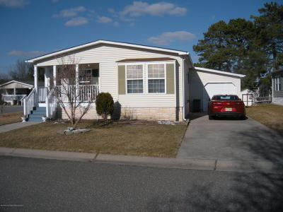 Whiting NJ Adult Community For Sale: $69,900