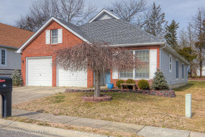Grnbriar Wdlnds Adult Community For Sale: 1458 Burr Oak Road