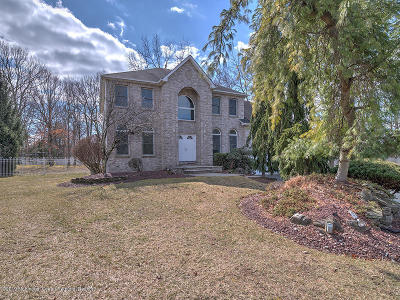 Manalapan Single Family Home For Sale: 21 Candeub Court