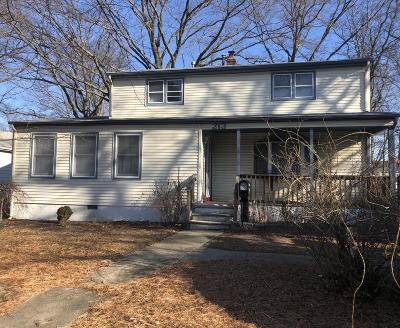 Hazlet Single Family Home For Sale: 213 4th Street