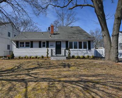 Point Pleasant Single Family Home For Sale: 1207 Barton Avenue