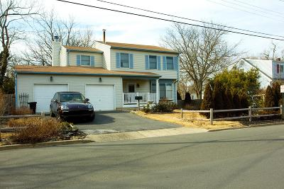 Point Pleasant Single Family Home Under Contract: 1213 Benedict Street