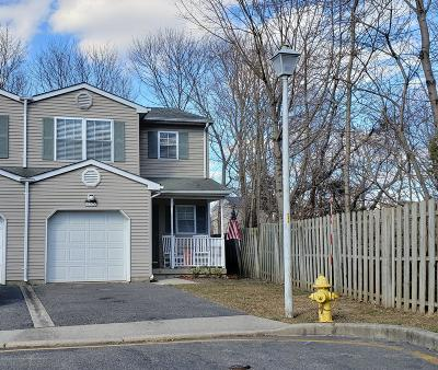 Toms River Condo/Townhouse For Sale: 14 Walnut Street #201