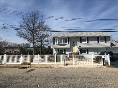 Toms River Single Family Home For Sale: 792 West Drive