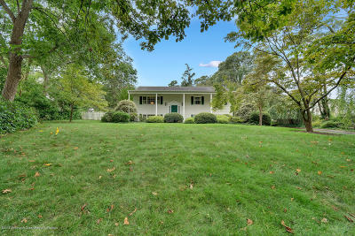 Toms River Single Family Home For Sale: 871 Bay Avenue