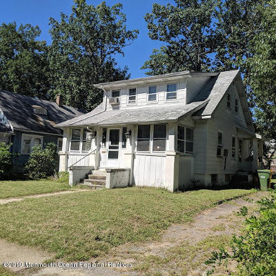 Lakewood Single Family Home For Sale: 21 11th Street