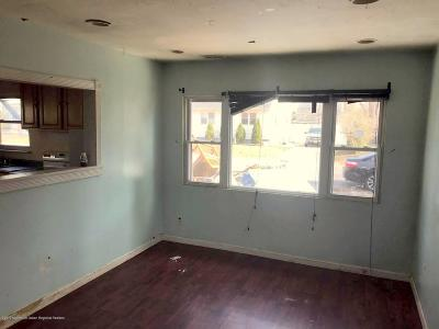 Toms River Single Family Home For Sale: 63 Gladney Avenue