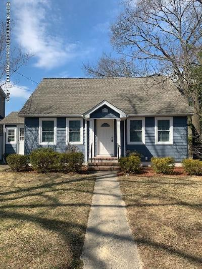 Point Pleasant Single Family Home For Sale: 213 Jaehnel Parkway