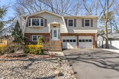 Ocean County Single Family Home Under Contract: 1161 Bradford Drive