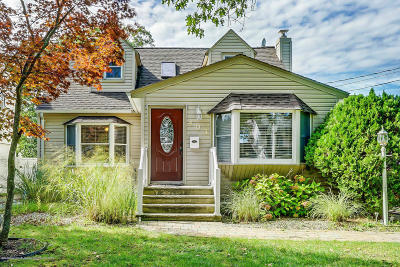 Point Pleasant Single Family Home Under Contract: 403 Barton Avenue
