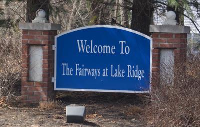 Fairways @ Lkw, Fairways At Lake Ridge Adult Community For Sale: 7 Winding River Road