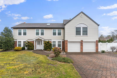 Ocean County Single Family Home For Sale: 371 Kildare Drive