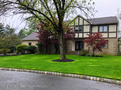 Middletown Single Family Home For Sale: 12 Sir Paul Court