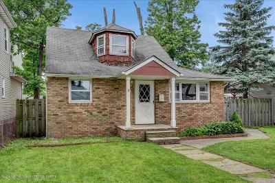 Monmouth County Single Family Home For Sale: 9 Cottage Place