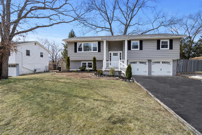 Toms River Single Family Home For Sale: 41 Kim Court