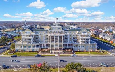Monmouth County Condo/Townhouse For Sale: 700 Ocean Avenue #239