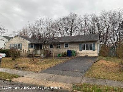 Single Family Home For Sale: 6 Dartmouth Road