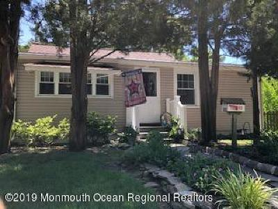 Ocean County Single Family Home For Sale: 33 Bayberry Avenue
