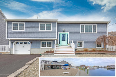 Point Pleasant Single Family Home For Sale: 1762 Bay Isle Drive