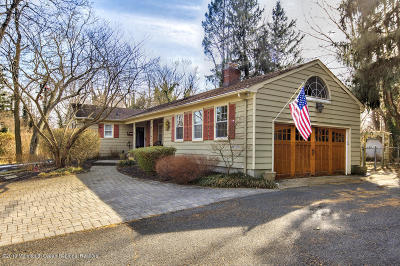 Tinton Falls Single Family Home For Sale: 32 Reeds Road