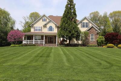Freehold Single Family Home For Sale: 361 Karen Court
