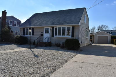 Ocean Single Family Home For Sale: 364 W 6th Street