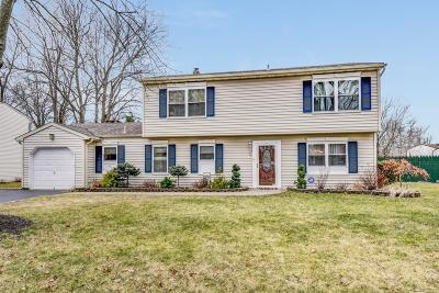 Single Family Home For Sale: 72 Applebey Street