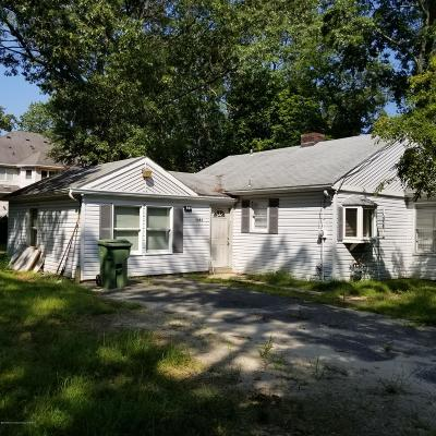 Lakewood Single Family Home For Sale: 1480 Laurelwood Avenue