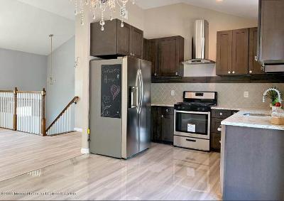 Howell Single Family Home For Sale: 18 Arlington Drive