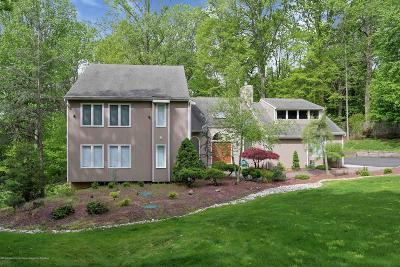 Holmdel Single Family Home For Sale: 20 Sherwood Court