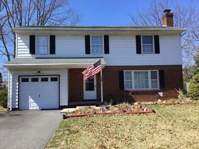 Toms River Single Family Home For Sale: 116 Alissa Drive