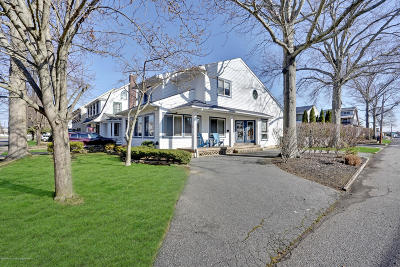 Manasquan Single Family Home For Sale: 68 Fletcher Avenue