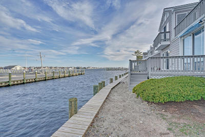Point Pleasant Condo/Townhouse Under Contract: 60 Bay Point Harbour