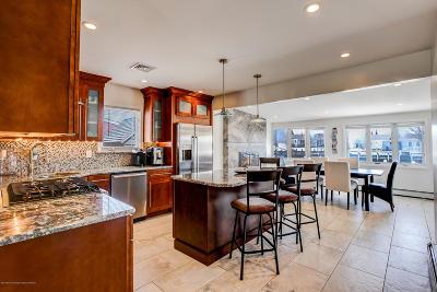 Barnegat Single Family Home For Sale: 114 Cayuga Road