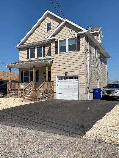 Brick Single Family Home For Sale: 64 Pinta Court