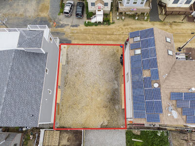 Atlantic Highlands, Highlands Single Family Home For Sale: 22 Gravelly Point Road
