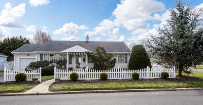 Sea Girt Single Family Home For Sale: 1326 Laurel Avenue